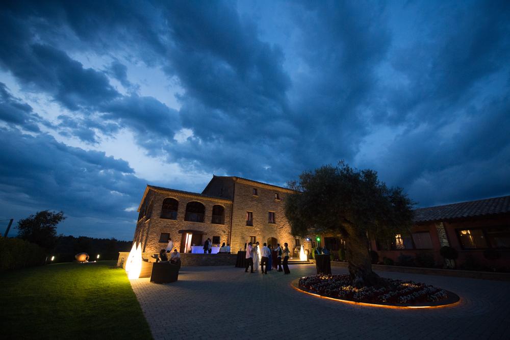imagen reportaje boda Barcelona Masia Vilasendra